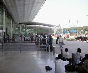 Warning of blast on lucknow airport, high alert