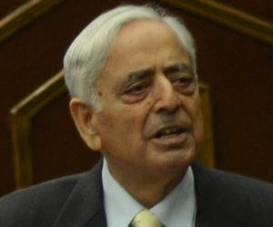 Will make J&K premiere global tourist destination: Mufti
