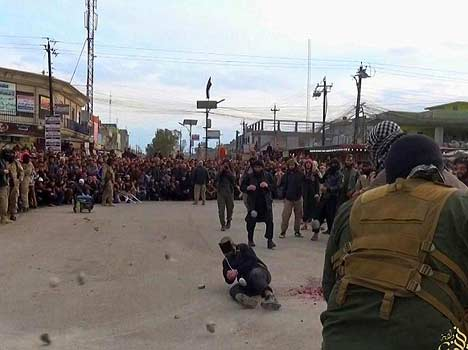 couple brutally murdered for having sex before marriage by ISIS