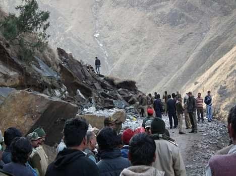 people died in landslide at chamoli.