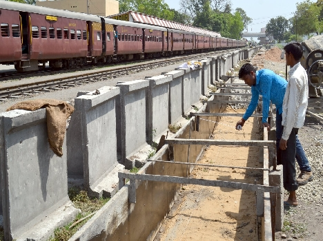 Platform, Foot overbridge started