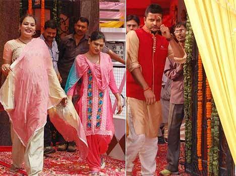 Eunuchs in Suresh Raina engagement ceremony