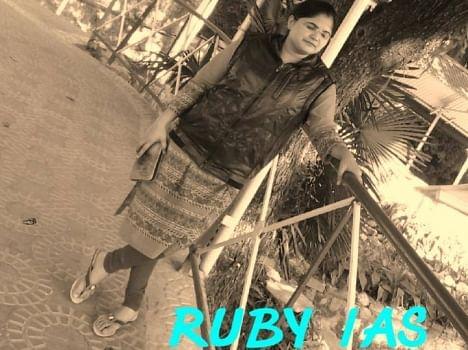 ruby chaudhary personal pics.