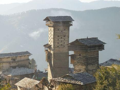 Tower of Chehni Kothi and Shringa Rishi in kullu.