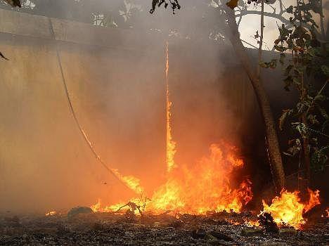 Fire in Graveyard in Lucknow.