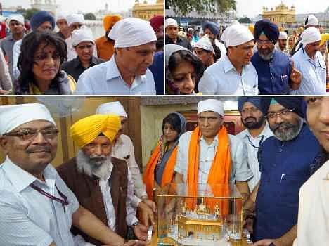 rail minister suresh prabhu at golden temple