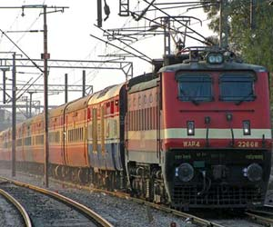 14 trains are cancelled on 2 july from lucknow