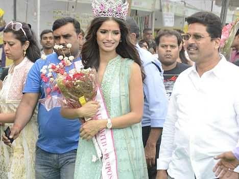 miss india runner up vartika returns lucknow