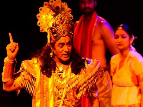 nitish bhardwaj play role of shri krishan in mahabharata play in tagore theatre chandigarh