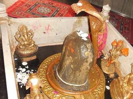 unique ambkeswar mahadev temple at kaithal, see pics