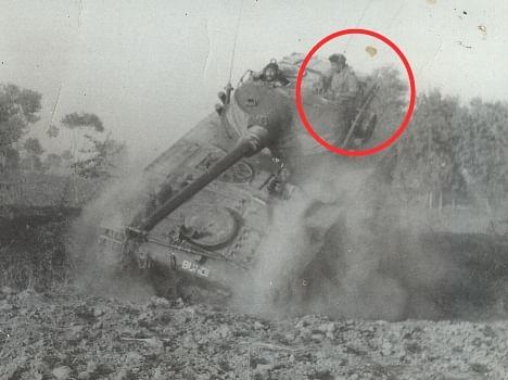 Rare Pics Of 1971 Indo Pak War  - देखें, कैसे पाक के