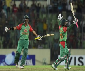 bangladesh goverment give their crickters to home, car and lots of money