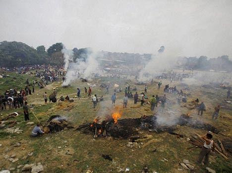 earthquake in nepal, 2200 people died