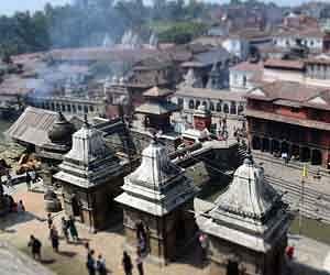 earthquake pashupatinath temple nepal