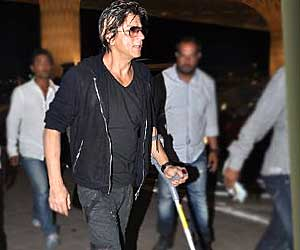 Shah Rukh Khan discharged from hospital