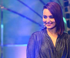 Sonakshi Sinha during reality show Indian Idol Junior promotion