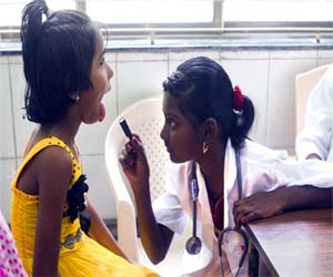 10 year old girl become a doctor for one day