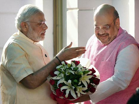 pm narendra modi and bjp president amit shah in bjp headquarter