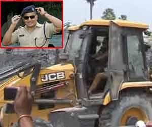 Rohtash Police SP drove the JCB itself transcends demolished