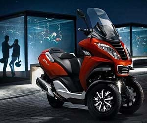Mahindra to Launch 3 Peugeot Scooters in India?