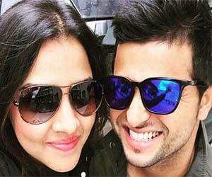 cricketer Suresh Raina, wife Priyanka and 'love wave' in Paris