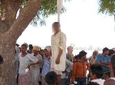 A man commits suicide because of a woman in Gonda
