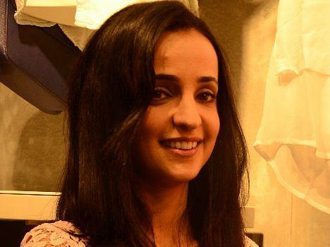 TV actress sanaya irani visits lucknow