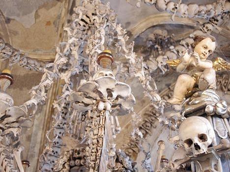 chapel of bones in czech republic