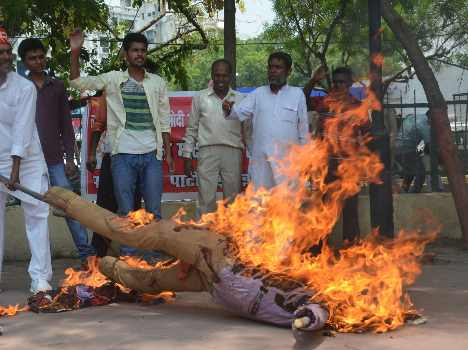 lalit modi ifizee burnt in lucknow