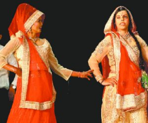 acid attack victim fashion show at ludhiana, pics