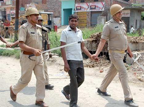 Clash after 2 Student dead in accident from Muzaffarnagar.