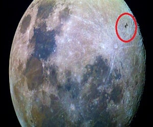 Lucky shot: Photographer catches space station racing past the moon