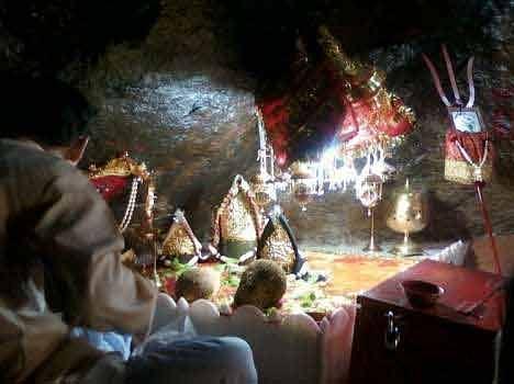 vaishno devi cave mystery