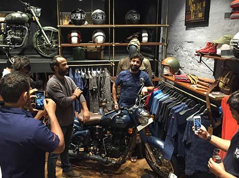 Limited Edition Royal Enfield Classic 500 Despatch Launched at Rs. 2.05 lac