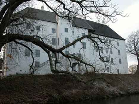 12 most haunted place in world