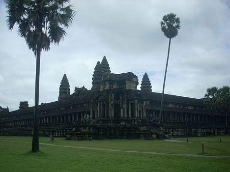 world'd biggest hindu temple of ankorwat