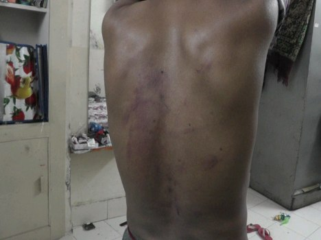 shopkeeper brutally beaten by police constables for free to eat