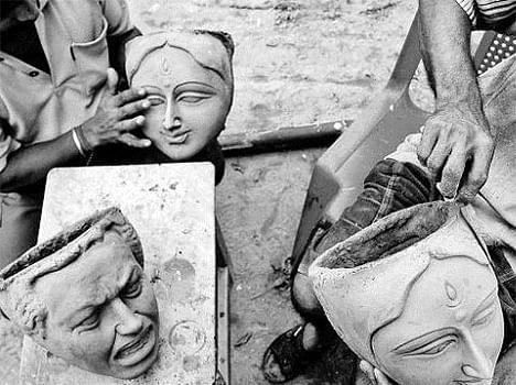 making of durga statue in bengal