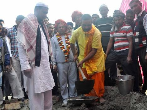 hindu priest laid foundation of mosque in faridabad