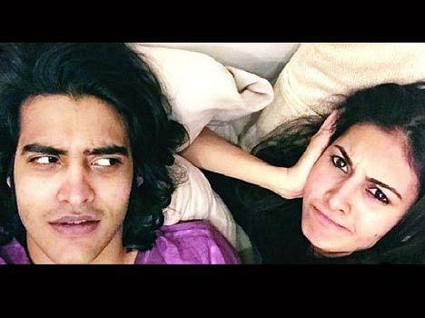 Amyra Dastur and Sakshi Khanna are couple