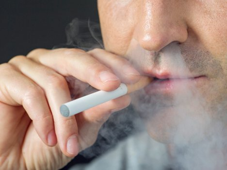 want to quit smoking, follow these habits