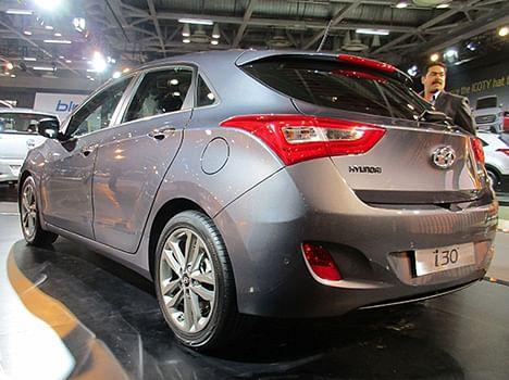 Auto Expo 2016, Hyundai i30 Picture Gallery