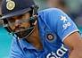 LIVE: दूसरे ओवर में नेहरा ने लिया विकेट, दो सफलता मिली