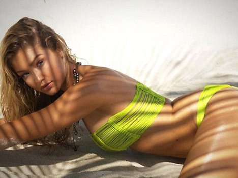 Gigi Hadid swimsuit photoshoot for sports illustrated