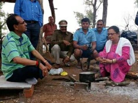 shivraj singh make tea for his wife