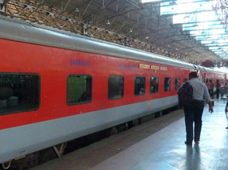10 fastest trains of indian railway, special story on union railway budget