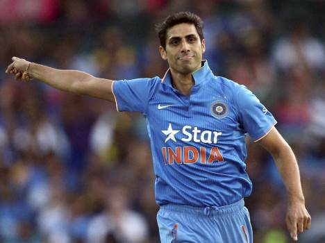 Ashish nehra s Super Six in power play
