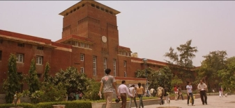 DU: thousands of application for few seats, colleges unable to release merit list