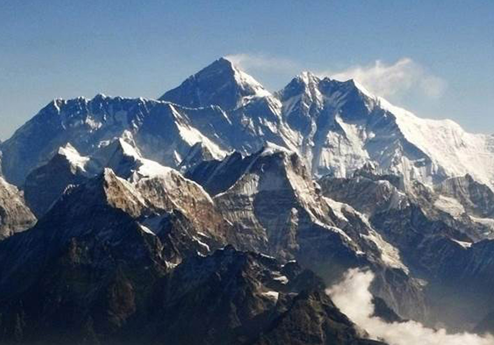 scales Everest without supplementary oxygen supply by Indian Army team