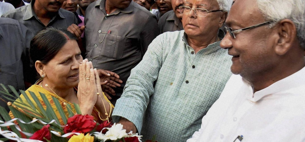 Sushil Kumar Modi accuses Lalu's wife Rabri Devi for holding many flats in Patna